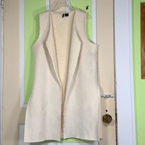 New Directions VEGAN fleece long vest med